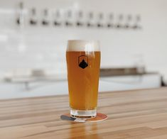 Every Long Beach Brewery to Visit if You're a Beer Lover - Chilled Magazine California Breweries, Beer Benefits, Beer Types, Popular Beers, Long Beach California, Beer Quotes, Beer Brands, Beer Gifts, Gin And Tonic