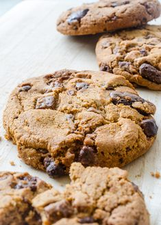 How to Make Store Bought Cookie Dough Taste Like Homemade Cookies Refrigerated Cookie Dough, Frozen Cookie Dough, Frozen Cookies, Choclate Chip Cookies, Sugar Cookies, Chocolate Coffee, Chocolate Chips, Homemade Cookies, Cookies Ingredients