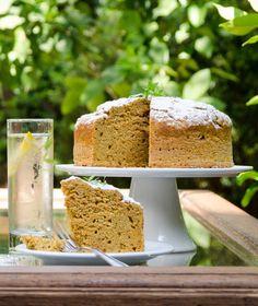 Χωρίς κόπο και χωρίς μίξερ το κάροτ κέικ γίνεται πλουσιότερο. Το μυστικό βρίσκεται στο νέο αλεύρι ΑΛΛΑΤΙΝΗ Κέικ Φλάουρ. Dessert Drinks, Dessert Recipes, Desserts, New Recipes, Favorite Recipes, Greek Dishes, Cornbread, Vanilla Cake, Carrots