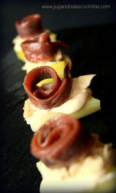 Bocados de puerro con bonito en aceite de oliva y anchoa (¡riquísimos!)