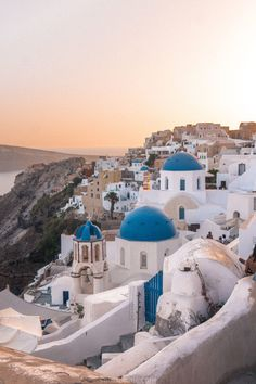 9 Epic Reasons to Visit Santorini, Greece: Here are some of the best things to see and do and why you'll fall in love with the beautiful Cycladic Island. holiday 9 Epic Reasons to Visit Santorini in The Cyclades, Greece Cool Places To Visit, Places To Travel, Travel Destinations, Places To Go, Travel Tips, Santorini Travel, Greece Travel, Oia Santorini, Santorini Island Greece