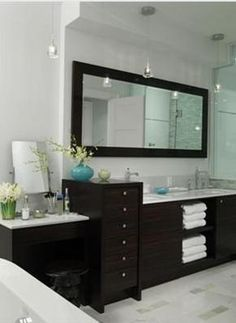 "Also love the dark colored vanity and sink in (from HGTV show ""Sarah's House"") #bathroom"