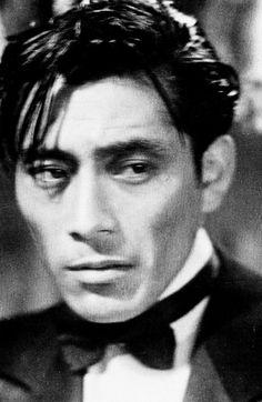 Toshiro Mifune in Drunken Angel (1948).