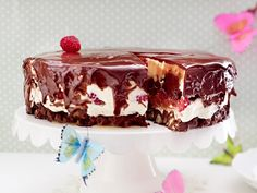 Schokomousse-Torte mit Himbeeren