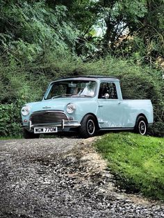 Proof that you don't need a big one to be happy. Mini Countryman, Mini Clubman, Mini Cooper S, Classic Trucks, Classic Cars, Bmw Truck, Fiat 500, Ultimate Garage, Minis