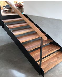 Spotted gum and steel staircase👌👍🔨 (📷 @_killerkreations_ )