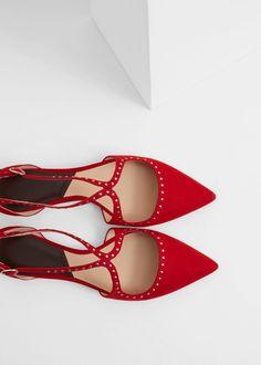 Zapato plano tachuelas | MANGO