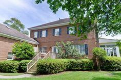 110 Palm Grove Drive in Savannah, Georgia. FOR SALE - 4Beds/3.5Baths - 5,048SF - $679,000 #BackYard