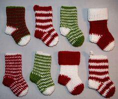 free crochet Christmas stocking pattern - so cute