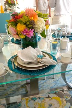 Cheerful & colourful table setting