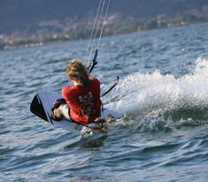 Lessons and packages - Kite School, Kite Surf, Lake Como, Sardinia, Sicily, Brazil, Surfing, Yoga, Surf