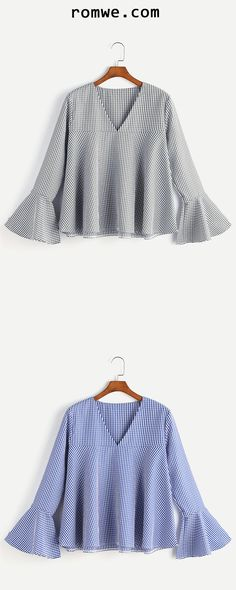 Shop V Neckline Gingham Bell Sleeve Top online. ROMWE offers V Neckline Gingham Bell Sleeve Top & more to fit your fashionable needs. Diy Clothes Patterns, Blouse Patterns, Blouse Designs, Muslim Fashion, Korean Fashion, Cool Outfits, Casual Outfits, Bohemian Blouses, Mode Hijab