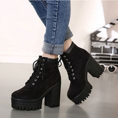 Womens High Chunky Heels Platform Cleated Sole Lace Up Martin Zipper Ankle Boots Fashion Boots, Sneakers Fashion, Swag Fashion, Dope Fashion, Fashion Fashion, Fashion Trends, Black Cowboy Boots, Cowgirl Boots, Western Boots