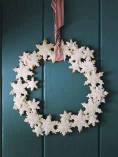 Snowflake Cookie Wreath!