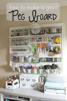 DIY Craft Room Ideas and Craft Room Organization Projects - Giant Peg Board - . DIY Craft Room Ideas and Craft Room Organization Projects - Giant Peg Board - Cool Ideas for Do It Yourself Craft Stor Sewing Room Organization, Craft Room Storage, Organization Ideas, Pegboard Craft Room, Pegboard Storage, Craft Room Organizing, Organizing Tips, Smart Storage, Organized Craft Rooms