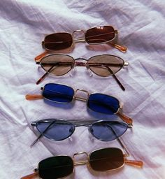 13254c7c2 Urban Outfitters Sunglasses, Cute Glasses, Scrunchies, 90s Fashion, Spring  Fashion, Latest