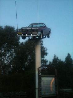 The Ute on the Pile in Deni.... And yes, it is a working Ute.....