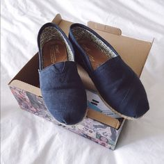 TOMS Classics Embroidered Indigo Flats These TOMS are in like new condition. I wanted to downsize my shoe collection, so my loss is your gain. These chambray TOMS are super comfortable. TOMS Shoes Flats & Loafers