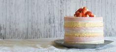 sugary-and-buttery-roasted-strawberry-white-chocolate-cheesecake-no-bake-sponge-cake-banner-2