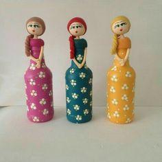 Wine Bottle Art, Plastic Bottle Crafts, Diy Bottle, Wine Bottle Crafts, Wine Bottles, Diy Arts And Crafts, Jar Crafts, Pottery Painting Designs, Altered Bottles