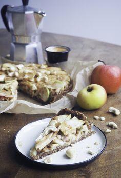 Raw Vegan, Camembert Cheese, Autumn, Simple, Desserts, Blog, Pie, Apple, Fall