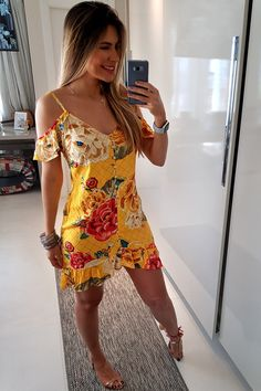 Shop sexy club dresses, jeans, shoes, bodysuits, skirts and more. Stylish Outfits, Cool Outfits, Fashion Outfits, Womens Fashion, Beach Dresses, Short Dresses, Mode Zara, Vestidos Farm, Stunning Prom Dresses