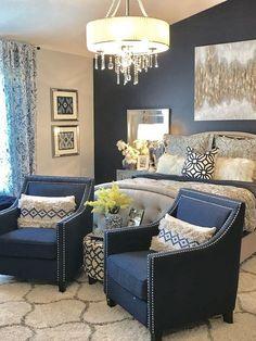 Marine und grauer Hauptschlafzimmer-Dekor #BedroomDecor #MasterBedroom #Gorgeous #InteriorDesignIdea