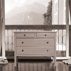 Promemoria, made in Italy: Cassettiera '700, project by Romeo Sozzi. Chest of drawers, structure covered in leather or galuchat. Bronze knobs. #piso18casa #masaryk #promemoria #luxury #luxurylifestyle #qualitybrand #beautifullifestyle #madeinitaly #italiandesign #contemporarydesign #contemporaryinteriors #contemporary #modern #modernfurniture #moderndesign #moderninteriors #luxuryfurniture #interiordesign #luxeinteriors #interiorarchitecture #polanco #furniture #chestofdrawers #promemoria