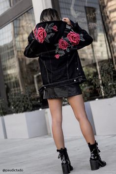 A midweight denim jacket featuring floral patches, a detachable knit hood, basic collar, button front, chest button flap pockets, front slant pockets, long sleeves with button cuffs. This is an independent brand and not a Forever 21 branded item.