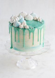 Love this Katherine Sabbath style cake! - Winter Wonderland Cake - Style Sweet CA