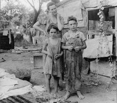 Mother and children of the great depression