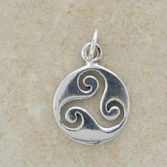 Celtic Triskele Jewelry   Pendants - Celtic Triskele Triple Pendant Surround