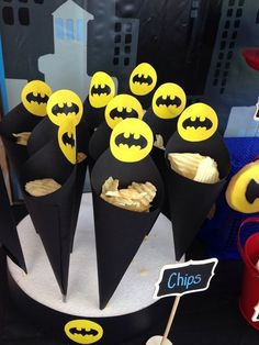 21 Awesome Batman Birthday Party Ideas for Kids - Batman Party - Ideas of Batman Party - Batman-Birthday-Party-Ideas-for-kids-diy-chip-cones Lego Batman Birthday, Lego Batman Party, Avengers Birthday, Superhero Birthday Party, 3rd Birthday Parties, Boy Birthday, Birthday Celebrations, Birthday Ideas, Birthday Crafts