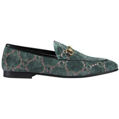 Gucci Jordaan GG Velvet Loafer (£515) ❤ liked on Polyvore featuring shoes, loafers, flats, kirna zabete, shoes /, loafer flats, gucci flats, flat pumps, velvet shoes and loafers moccasins