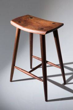 Figuring out the right angles for legs and stretchers and then drilling mortises for them is easier than you think, writes Peter Young. Rustic Stools, Industrial Bar Stools, Wood Bar Stools, Modern Stools, Wood Stool, Counter Stools, Zen Furniture, Unique Furniture, Designer Bar Stools