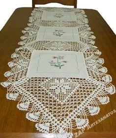 Tela y crochet Crochet Quilt, Crochet Art, Crochet Home, Filet Crochet, Crochet Gifts, Crochet Motif, Vintage Crochet, Crochet Doilies, Crochet Table Runner