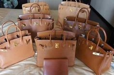 Convoyeur handbags gathered all Hermes fashion boutique experience and their fame. Convoyeur handbags are the latest inventions by Hermes; the bags are made Hermes Birkin, Hermes Bags, Hermes Handbags, Replica Handbags, Luxury Bags, Luxury Handbags, Designer Handbags, Designer Shoes, Beautiful Bags