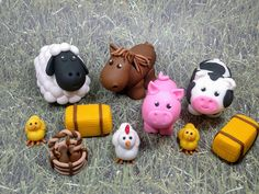 Fondant Pigs Cake Toppers - Fondant Pig in Mud- Fondant Pig - Farm Party Party Cake Topper Farm Animal Cakes, Animal Cupcakes, Farm Birthday, Animal Birthday, Farm Cake, Barnyard Cake, Fondant Cake Toppers, Cupcake Toppers, Biscuit