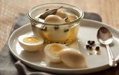 Pickled Eggs /// Yes yes yes! #spring #recipe