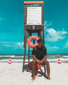 Beach Photography Poses, Black Photography, Photography Ideas, Travel Photography, Men Beach, Beach Bum, Beach Instagram Pictures, Men Photoshoot, Beach Aesthetic