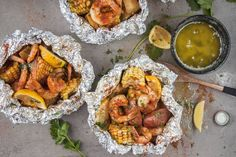 Seafood Boil Foil Packets 33 Ideas For 2019 Foil Packet Dinners, Foil Pack Meals, Foil Dinners, Foil Packets, Seafood Boil, Seafood Recipes, Cooking Recipes, Seafood Dishes, Cooking Tips