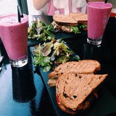 food, healthy, and smoothie afbeelding I Love Food, Good Food, Yummy Food, Food Porn, Tumblr Food, Food Goals, Aesthetic Food, Food Inspiration, Cravings