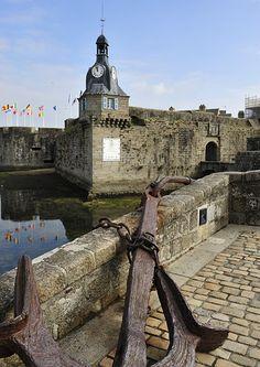 Concarneau - La ville Close - Finistère - Bretagne - Louis Bourdon