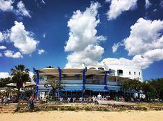 L'Iot a la Platja Llarga . . . #tarragona #catalunya #platjallarga #platja #playa #beach #chiringuito #igerstarragona #igerstgn #igtravel #igersspain #descobreixcatalunya #iot #descobreixtarragona #clouds #tarragonaturisme #cloudporn #catalunyaexperience #restaurant #cloudchasing #restaurantlife #restaurante #mediterrani #mediterraneo #chiringo #mediterraneamente #mediterraneament by carlopelio