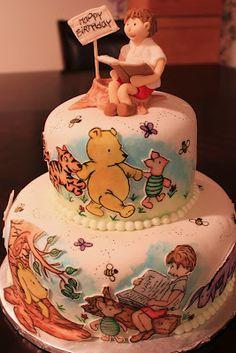 The Disney Cake Blog: Hand Drawn Winnie the Pooh Cake