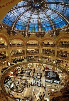 Galeries Lafayette, Paris is a very fancy and lovely French mall that has so many stores you'll just shop till you drop! A great way to get our Paris shopping spree in! Beautiful Paris, I Love Paris, Paris Travel, France Travel, Galeries Lafayette Haussmann, Places To Travel, Places To Visit, Lafayette Paris, Paris City