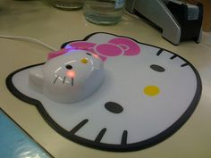 Hello Kitty mouse and mousepad
