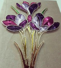 Stained Glass Paint, Stained Glass Flowers, Thread Art, Thread Painting, Ribbon Embroidery, Embroidery Designs, Diy And Crafts, Arts And Crafts, Nail String Art