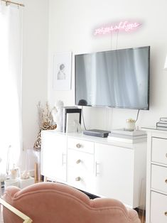 Blush is the color of 2019 and it needs to be part of your home! Here are some budget-friendly, cheap blush products that will make your bedroom, living room and/or apartment stand out! Rustic Living Room Furniture, Diy Living Room Decor, Furniture Decor, Outdoor Furniture, Wooden Furniture, Antique Furniture, Furniture Sale, Furniture Logo, Cheap Furniture