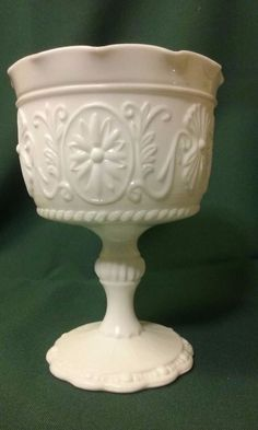 Vintage Mid Century Daisy Flower Milk Glass Compote Pedestal Dish